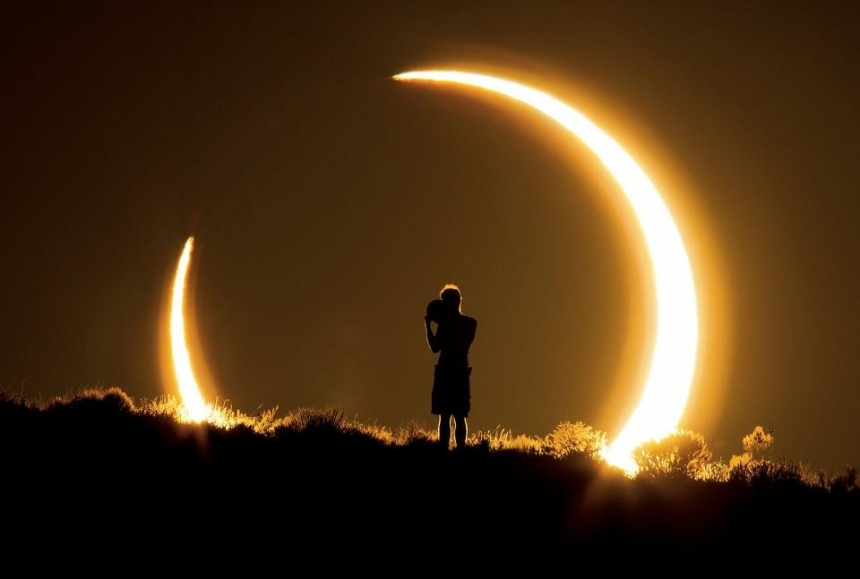 """MEMENTO MORI"" - Eclipsa de Soare in Scorpion, 24 octombrie 2014"