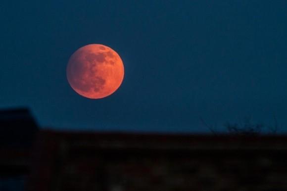 Eclipsa totala de Luna si Luna Plina in Balanta- 15 aprilie 2014. Calea luptatorului pasnic