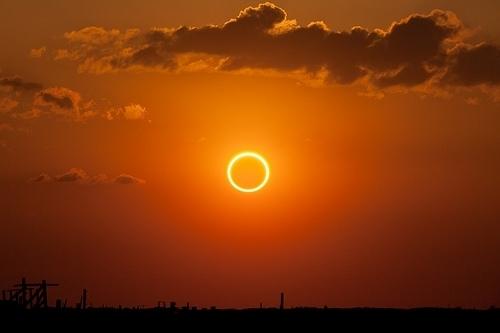 Luna Noua si Eclipsa de Soare in Taur- 29 aprilie 2014. Usi vechi se inchid, usi noi se deschid!